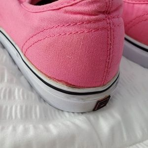 FILA Vintage Pink Canvas Sneakers Shoes Size 10